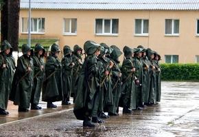 В Институт пограничной службы впервые приняли девушек. Среди них — две лидчанки