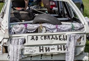 «Недетский замес» устроили 12 автомобилей из Минска, Пинска, Лиды и Гродно (фото, видео)