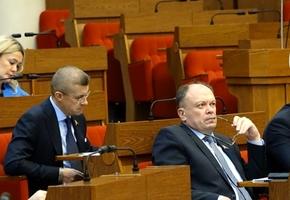 Депутаты предлагают отвязать госпошлину от техосмотра и сделать рассрочку