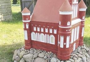 Выиграв грант ПРООН энтузиаст распечатывает на 3D-принтере замки Беларуси. В перспективе — Лидский