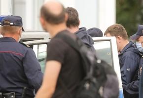 Журналистов «Белсата» задержали на митингах Тихановской в Молодечно и Лиде
