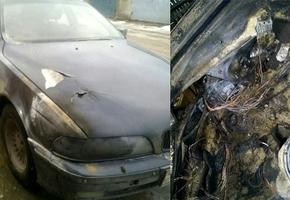 Поставил дешевый китайский блок розжига для ксенона — загорелся автомобиль. Случай в Лиде