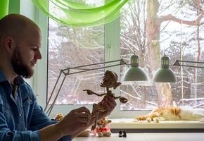 Белорус делает игрушки для взрослых. «Кукла за $10 000? Уже представляю, какой она будет»