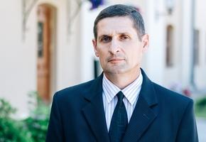 Кандидат в депутаты Виктор Зверко обратился к жителям региона со своей программой по телевидению (обновлено)