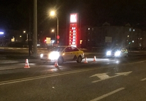 В Лиде на ул. Советской пешеход попал под колёса такси