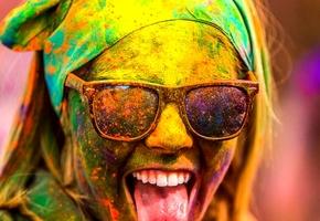 В городском парке вчера прошёл фестиваль красок HOLI (фото)