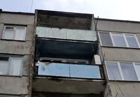 В Лидском районе от выброшенной сигареты загорелся балкон