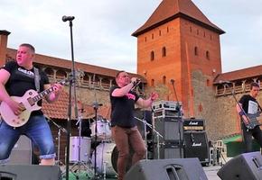 В Лиде возобновляются массовые мероприятия: состоится open-air вечеринка, огненное шоу и фестиваль красок