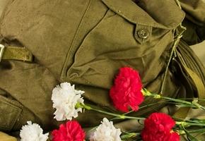 Дочери ветерана ВОВ в Лиде вручили утерянную медаль «За отвагу»