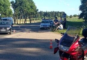 В Лиде мотоциклист на Honda врезался в Volkswagen Polo