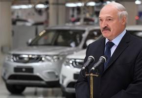 Президент освободил владельцев электромобилей от уплаты «дорожного сбора»