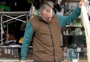 На рынке по ул. Шевченко предпринимателя словили за продажу  браконьерских сетей