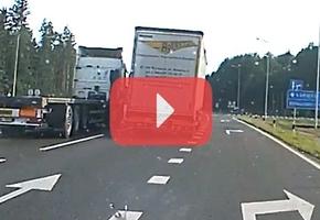 М6: Два дальнобойщика заблокировали трассу и не давали себя опередить