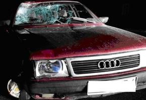 В Вороновском районе девушка на Audi насмерть сбила пешехода и врезалась в Peugeot