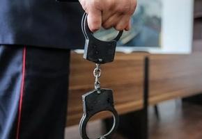 Лидчанина задержали за попытку переслать более 10 таблеток метандиенона