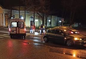 На пешеходном переходе по ул. Советской Renault наехал на пешехода