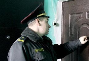 Журналисты и милиционеры начали ходить в гости к лидским безработным в так называемые «рейды»