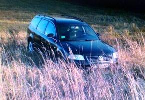 Пьяный житель Лиды угнал автомобиль своего друга и застрял на нём в поле