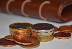 РУП «Белпочта» досрочно выплатит пенсии и пособия за 5-9 ноября