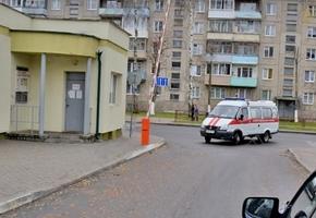 Лукашенко поручил перевести зараженных коронавирусом на лечение из районных больниц в областные