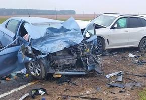 На трассе М11 в серьёзном ДТП погибли 2 человека, 1 — в реанимации