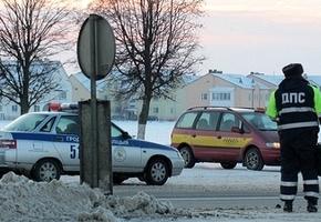 Наряд ГАИ на М6 свозил нерасчётливого водителя за бензином