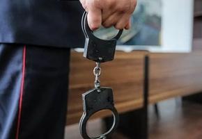 В Лиде в автобусе мужчина прилюдно оскорбил судью. Возбуждено уголовное дело