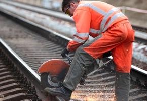 Железнодорожный переезд у предприятия «Лидсельмаш» расширят. На время работ предусмотрен объезд