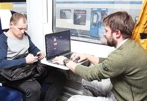«Дети запретили мне пользоваться маршрутками». За первый месяц работы новый поезд Минск – Гродно – Минск перевёз 9000 человек