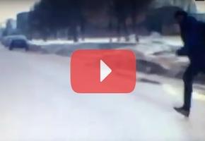 В мкр. Слобода Kia наехал на 12-летнего подростка. Он выбежал из-за автобуса прямо на дорогу