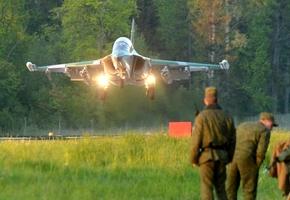 Лидские Як-130 и Су-25 разгромили незаконные вооруженные формирования на полигоне Ружаны