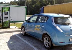 Новая станция для зарядки электромобилей появилась на трассе М6