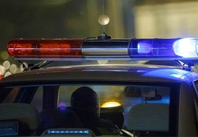 В Лиде инспекторы остановили пьяного бесправника, который угнал служебный автомобиль матери