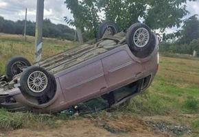 В Лидском районе перевернулся Fiat. Водитель неправильно выбрала скорость