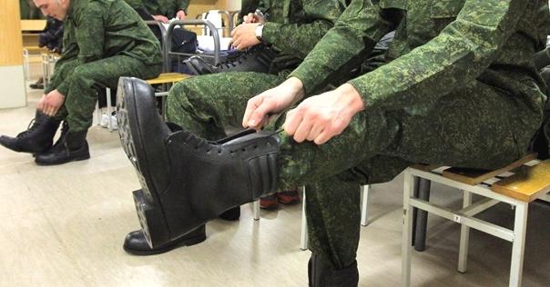 Лидчанин за 1000$ «решал» вопросы с армией