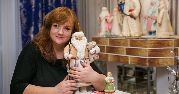 Коллекцию из 3000 новогодних ёлочных украшений собрала жительница Лиды