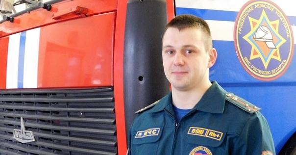 Выяснились подробности ДТП в Белице. Лидский спасатель, случайно оказавшийся на месте аварии, вернул к жизни подростка